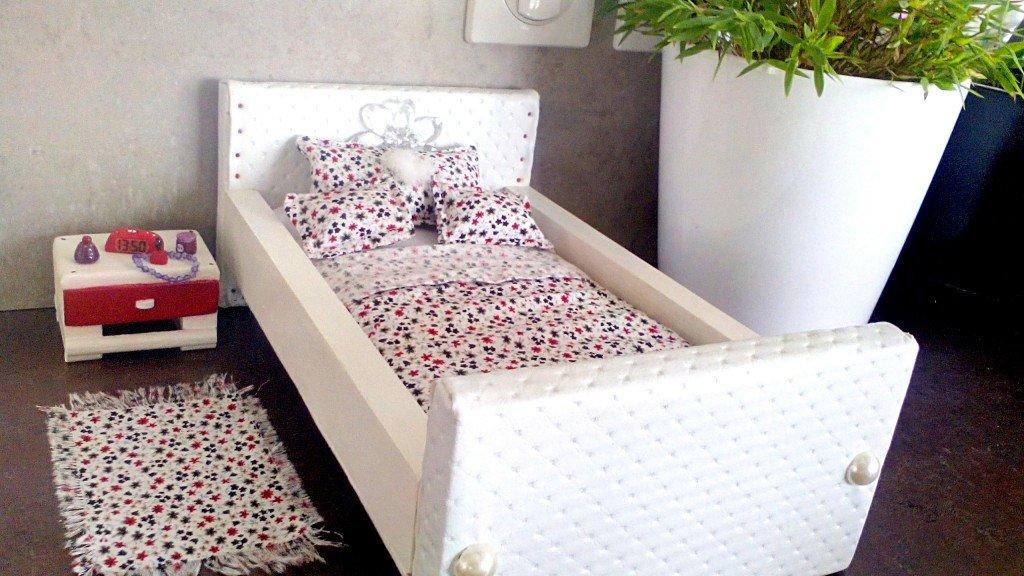 Chambre pour Poupée Fais a la main dans Boutique meuble-chambre-barbie-015-1024x576