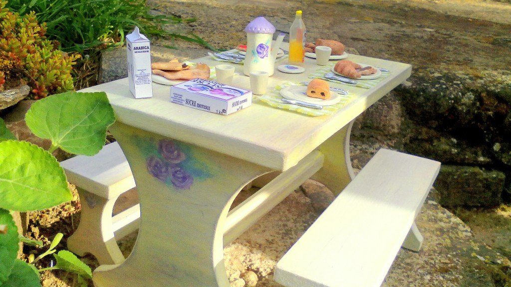 table-meubles-barbie-008-1024x576 dans Boutique